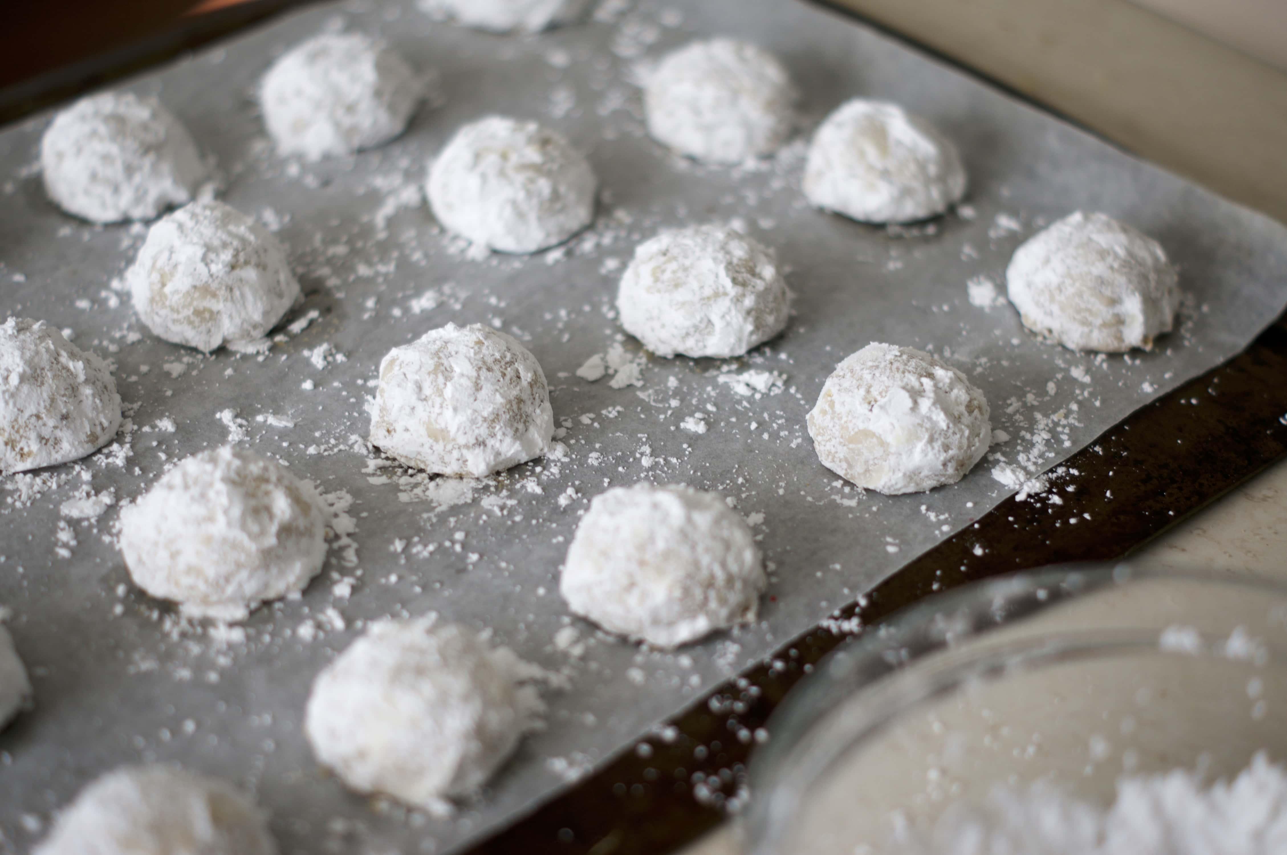 Russian Tea Cakes | www.midwestniceblog.com